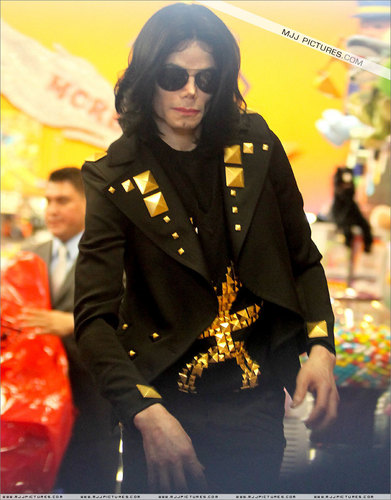 ☼ Michael Jackson ☼ - invincible-era Photo