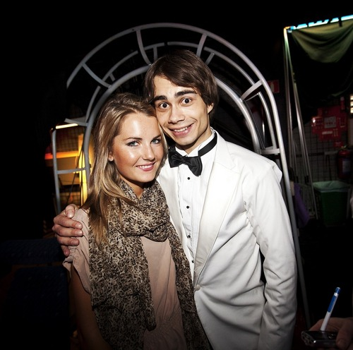 Alexander Rybak fond d'écran possibly with a business suit and a dress suit entitled Alex and Maria