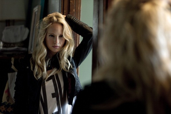 Faces Passing Through Candice-Accola-Photoshoot-Nylon-2010-cullensisters-x-19914378-594-396