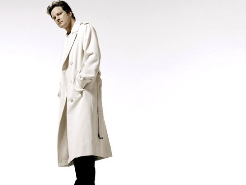 Colin Firth wallpaper possibly containing a trench coat, a business suit, and a well dressed person called Colin Firth