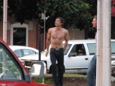 Damon/Ian on Set