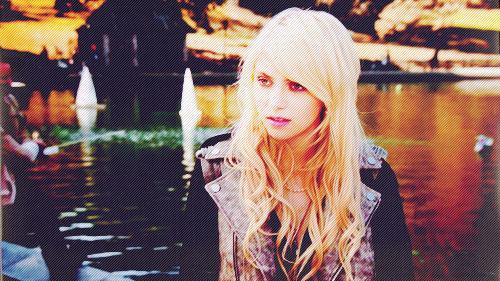 Jenny :))