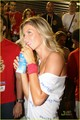 Gisele Bundchen & Tom Brady: Carnival Kiss! - gisele-bundchen photo
