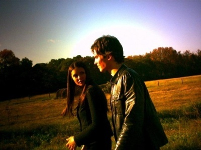 Ian & Nina ♥ Behind the Set