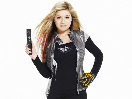Jennette McCurdy fondo de pantalla containing a well dressed person and an outerwear called Jennette McCurdy