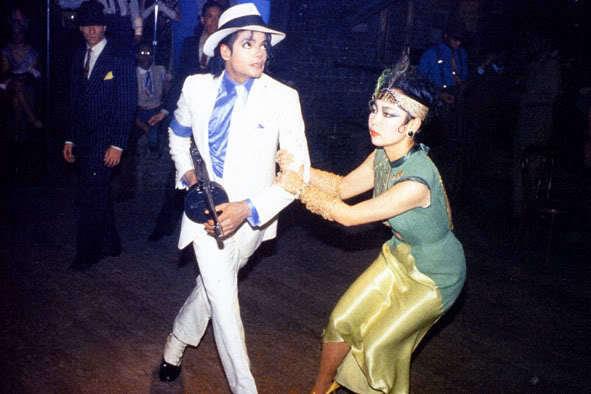 Просто, Майкл имел возможность снимать в течении того времени, которого...