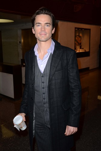 Matt Bomer wallpaper containing a business suit, a suit, and a well dressed person called Matt