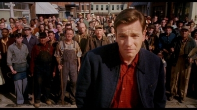 Mcgregor in big fish ewan mcgregor image 19925523 for Ewan mcgregor big fish