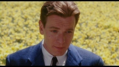 Mcgregor in big fish ewan mcgregor image 19941913 for Ewan mcgregor big fish