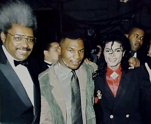 Michael Jackson <3 I Amore MJ!!