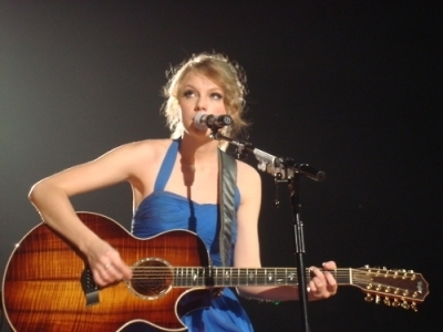 Speak Now World Tour > March 6 - Brussels, Belgium