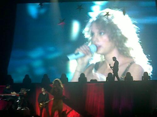 Speak Now World Tour: Quezon City, Philippines [February 19, 2011]
