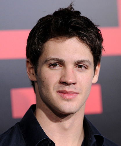 "Steven R. McQueen at ""Battle: Los Angeles"" Premiere (08.03.11)"
