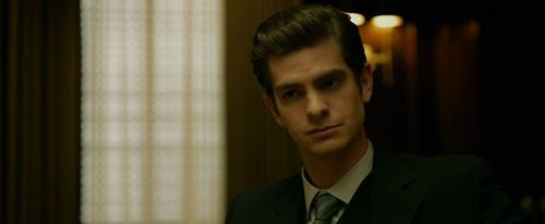 Andrew Garfield karatasi la kupamba ukuta with a business suit and a suit called The Social Network
