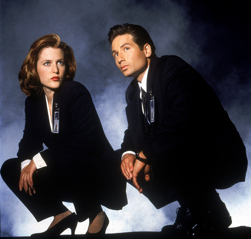 The X-Files achtergrond containing a business suit, a suit, and a well dressed person titled The X-Files