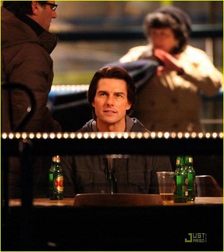Tom Cruise: 'Ghost Protocol' Night Shoot