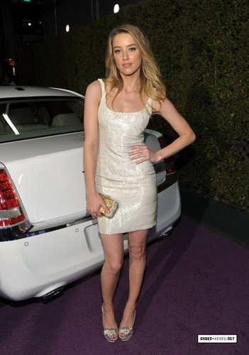 "Vanity Fair Campaign Hollywood 2011 - ""Pieces of Heaven"" Art Auction"