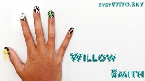 Willow Smith 壁纸 called Willow's Nails
