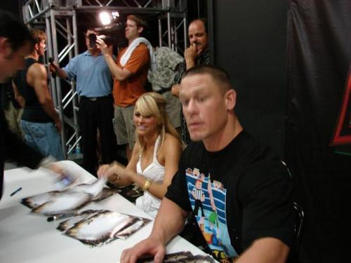 john cena and kelly kelly - john-cena Photo