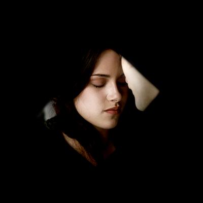 •Bella•
