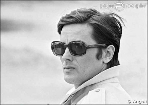 Alain Delon wallpaper probably containing sunglasses called Alain