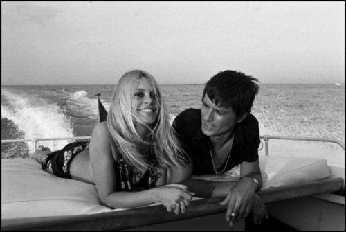 Alain Delon wallpaper containing a hot tub titled Alain and Brigitte Bardot