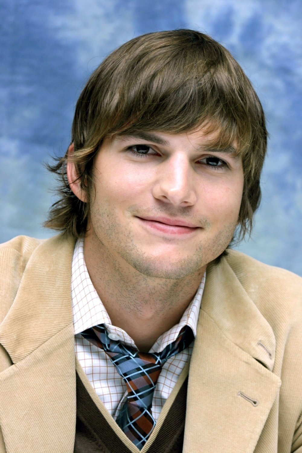 Ashton Kutcher - Ashto...