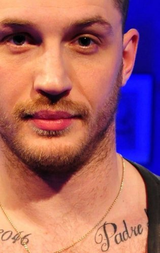 Close up of Tom on Chatty Man
