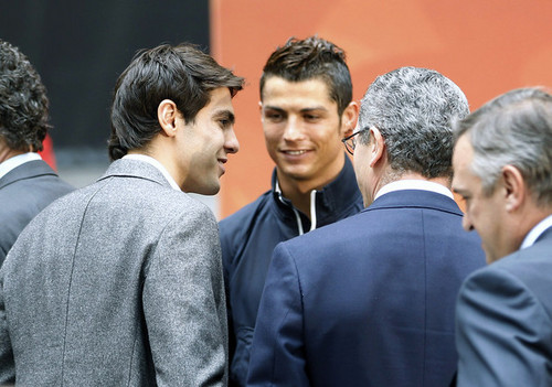 Cristiano Ronaldo and Ricardo Kaka wallpaper with a business suit and a well dressed person titled Cristiano Ronaldo & Kaka