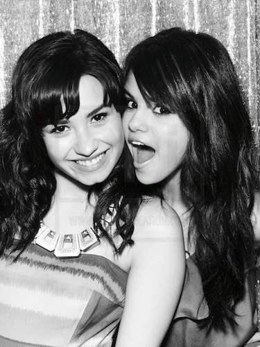 Demi&Selena تصویر