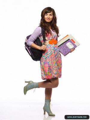 Demi going school!