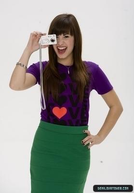 डेमी लोवाटो वॉलपेपर entitled Demi lovato photoshot!