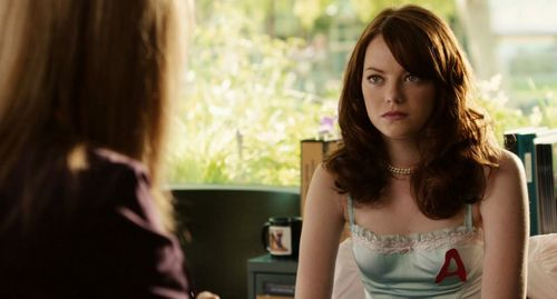 Emma Stone hình nền with a portrait entitled Easy A