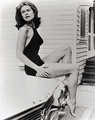 Elizabeth Montgomery - Samantha Stephens - bewitched photo