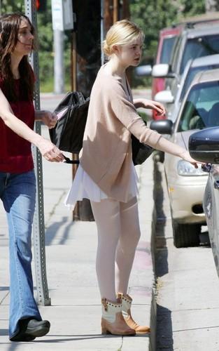 Elle Fanning Leaving ballet class (March 11, 2011)