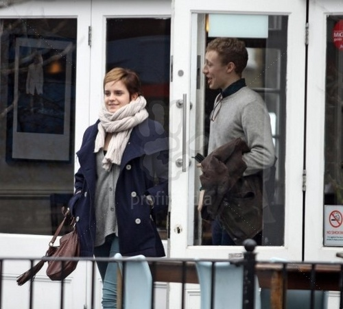 Emma in London,25 February 2011