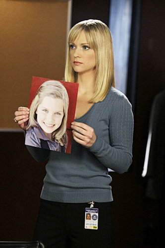 "Jennifer ""JJ"" Jareau wallpaper containing a well dressed person and a portrait entitled Jennifer Jareau"