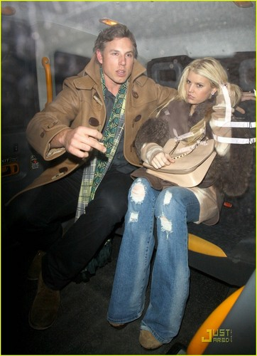 Jessica Simpson &amp; Eric Johnson: Whiskey Mist Mates - jessica-simpson Photo