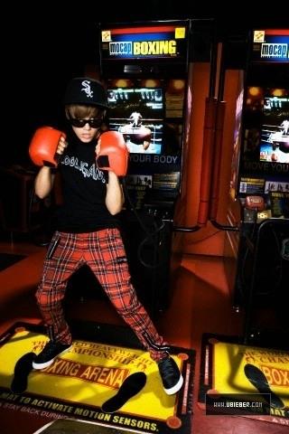 Justin Bieber - Glamour