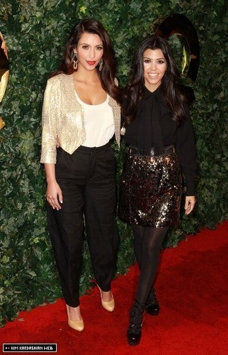 Kim & Kourtney @ QVC Red Carpet Style Party