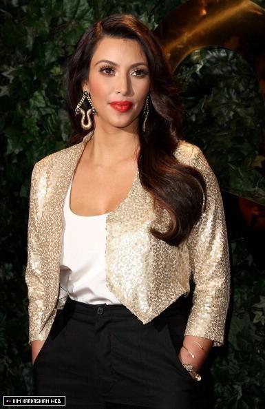 Kourtney kardashian jeans 2018