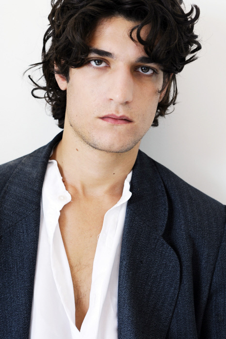 louis garrel vk