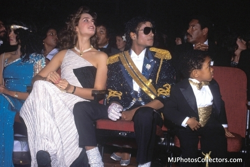 MJ with animali and Friends