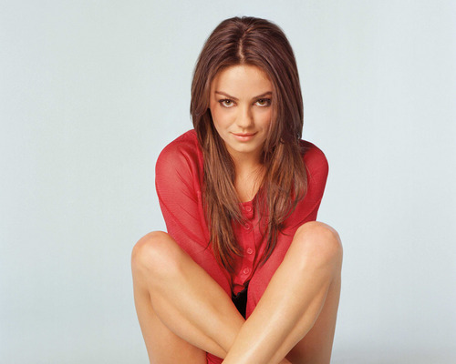 Mila Kunis achtergrond possibly with skin and a portrait titled Mila <3