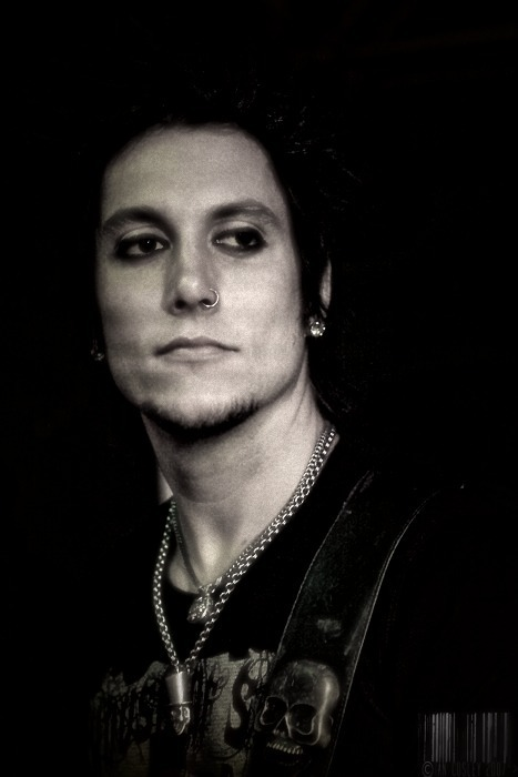 how tall is synyster gates