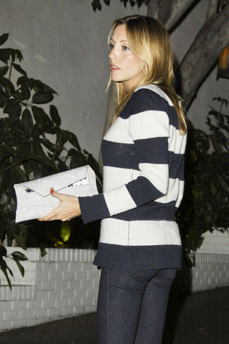 New Katie Candids-Leaving chateau Marmont