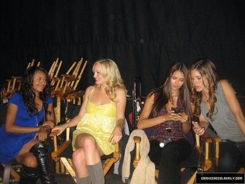 New/Old Fotos of Candice!