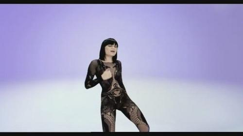 Jessie J - Price Tag Lyrics and Free YouTube Music Videos
