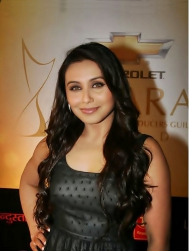 Rani Mukherjee at Aspara Awards.