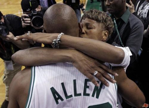 Ray's mom (Flo) hugging him for his 3 point record 2,561